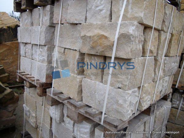 Sandstein Mauersteine 40x40x80 cm Lagerfugen gesägt, Trockenmauer aus Polen
